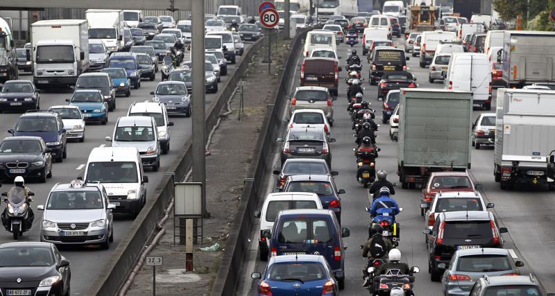 Les Français perdent 47 h et 677 € par an dans les bouchons