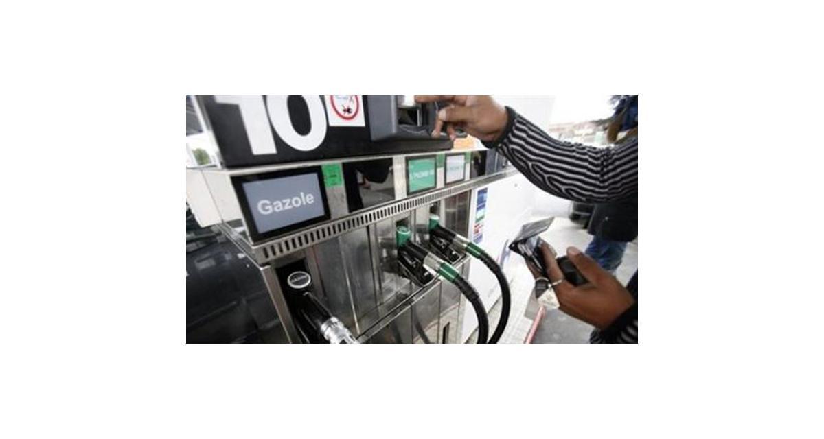 Carburant : les prix au plus bas depuis deux ans