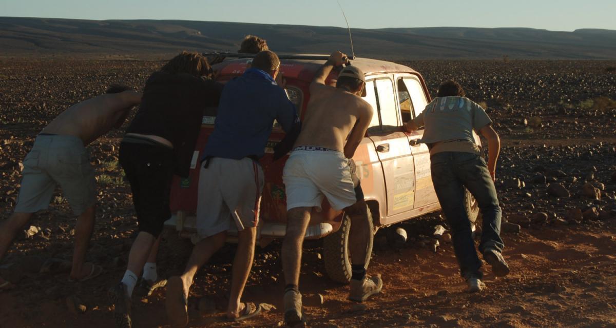 4L Trophy : les étudiants à l'assaut du désert marocain