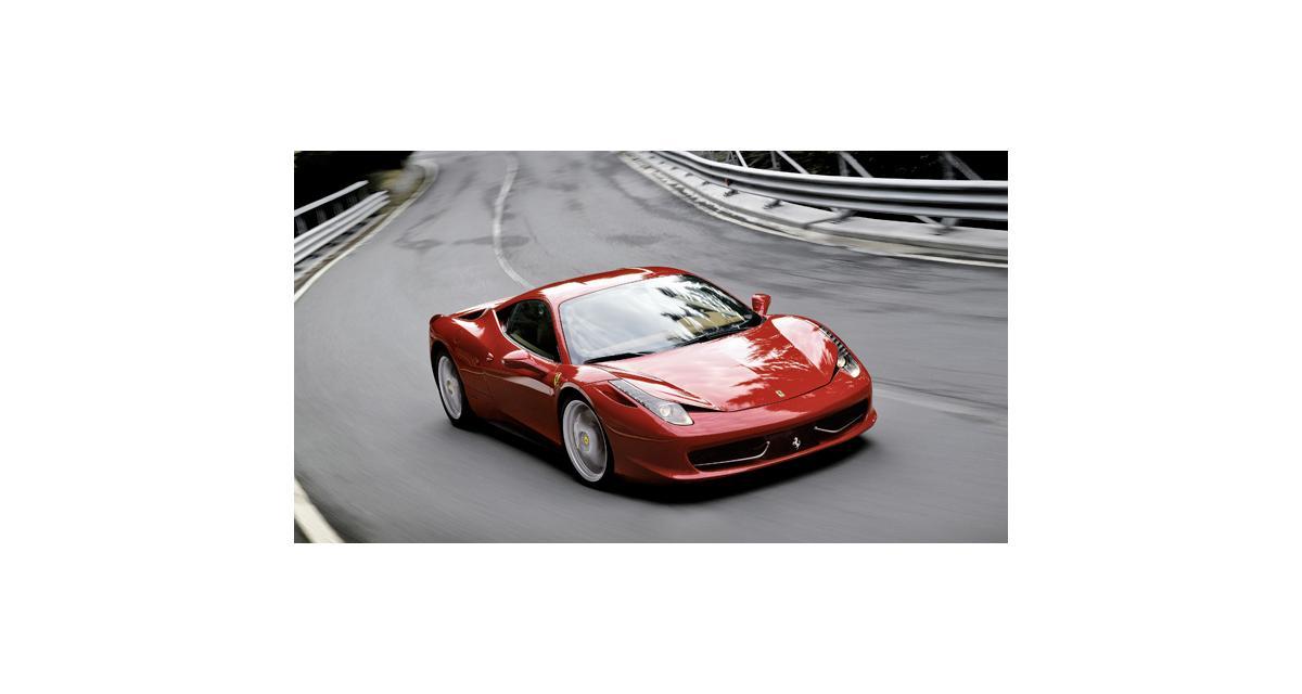 Hertz supercars : louez une Ferrari 458 Italia ou une 2CV !