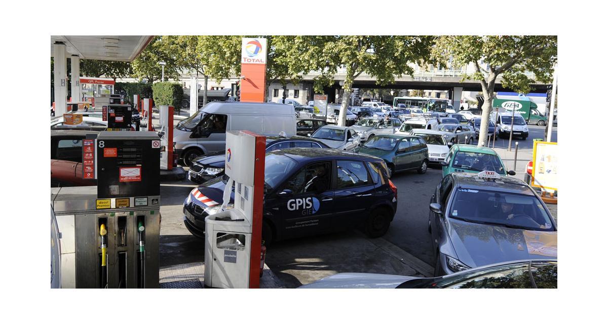 Prix du carburant : pompes publiques, la solution ?