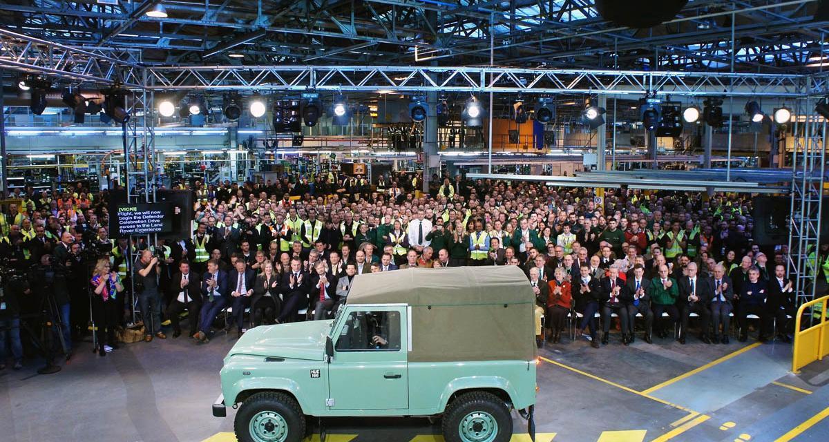 Le Land Rover Defender dépose les armes