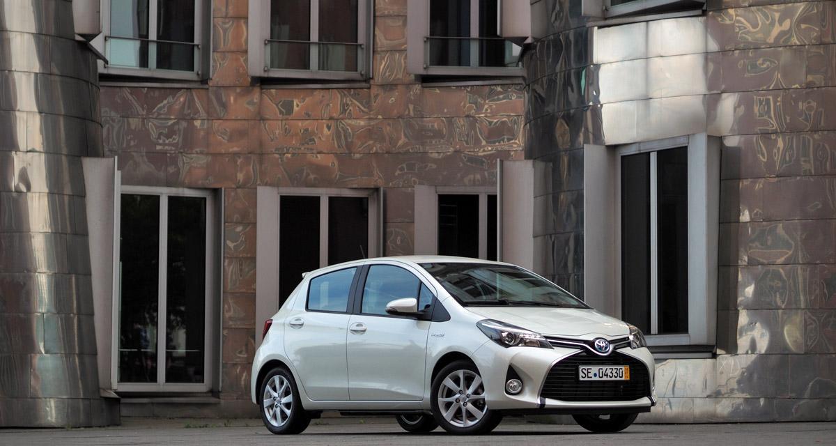 Toyota reste numéro 1 mais prévoit une baisse en 2015