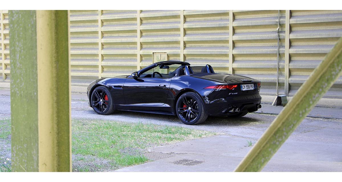 Jaguar se prépare à l'électrique avec une future EV-Type