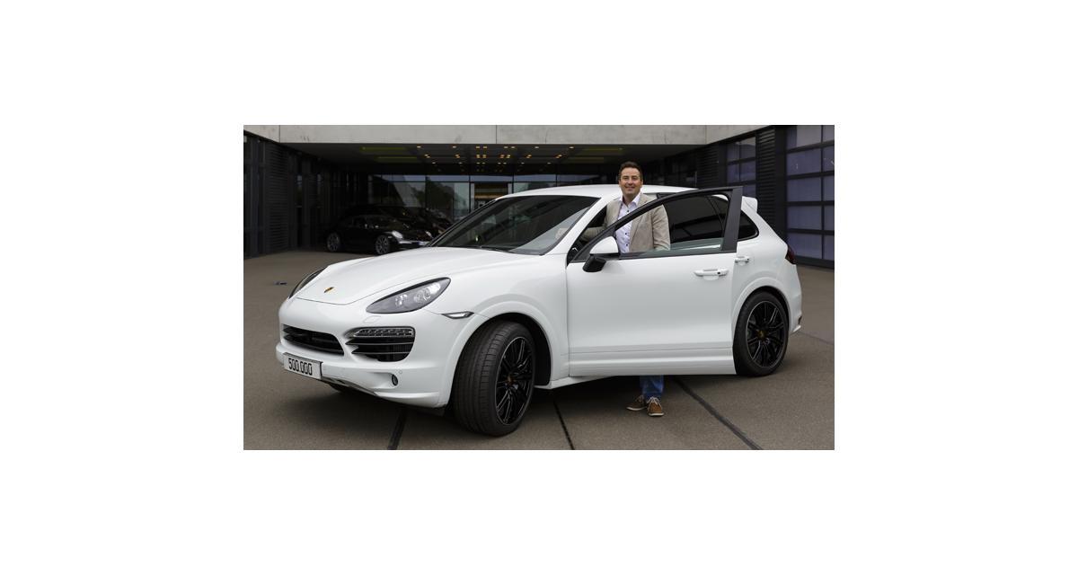 Porsche Cayenne : carton plein