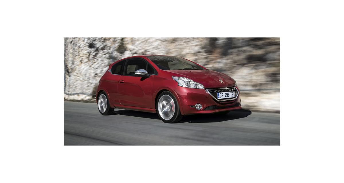 Peugeot 208 : la citadine au lion élue voiture de l'année par l'AFPA