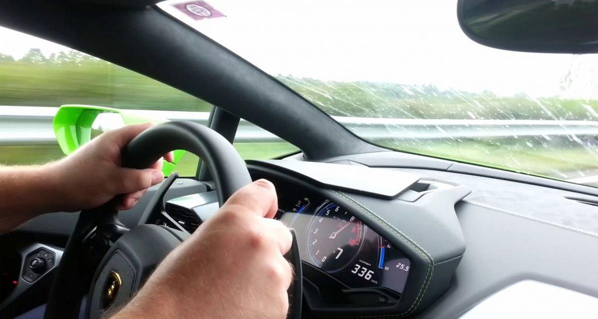Vidéo : 336 km/h en Lamborghini et une rencontre avec le fossé