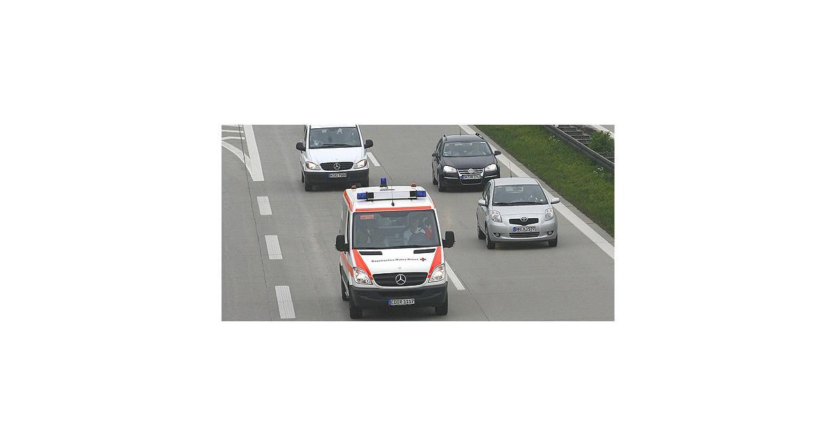 Il se rend à l'hôpital au volant de sa voiture malgré un bras arraché