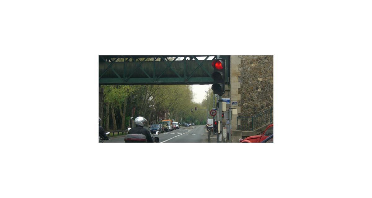Radar mobile embarqué : la gendarmerie du Var prévient sur sa page Facebook