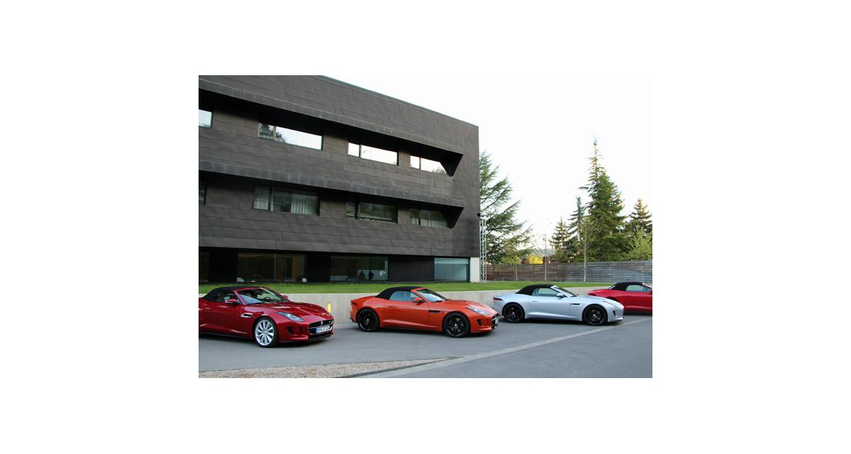 Essais cabriolets : R8, Z4, F-Type, DS3, Boxster, et plein d'autres encore