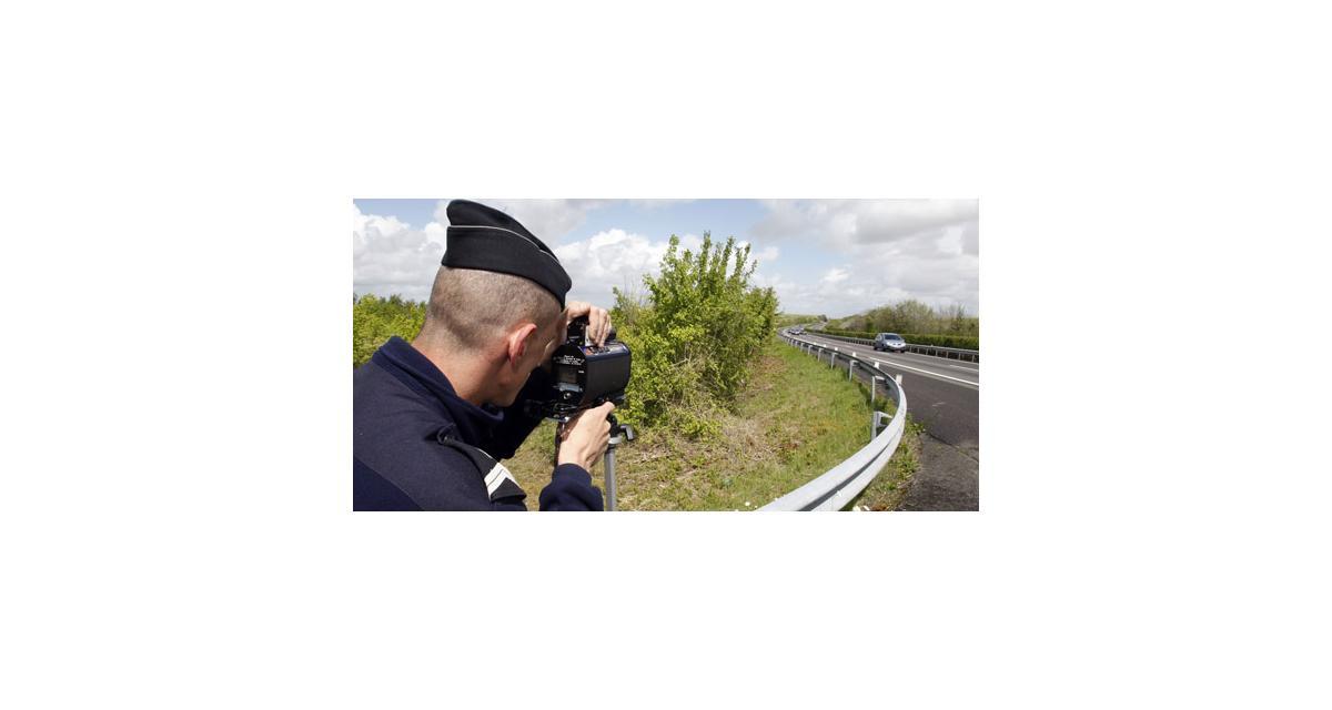 Un policier en civil en très grand excès de vitesse