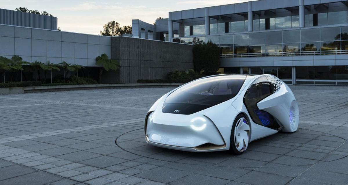Toyota Concept-i : intelligente mais pas tout à fait autonome
