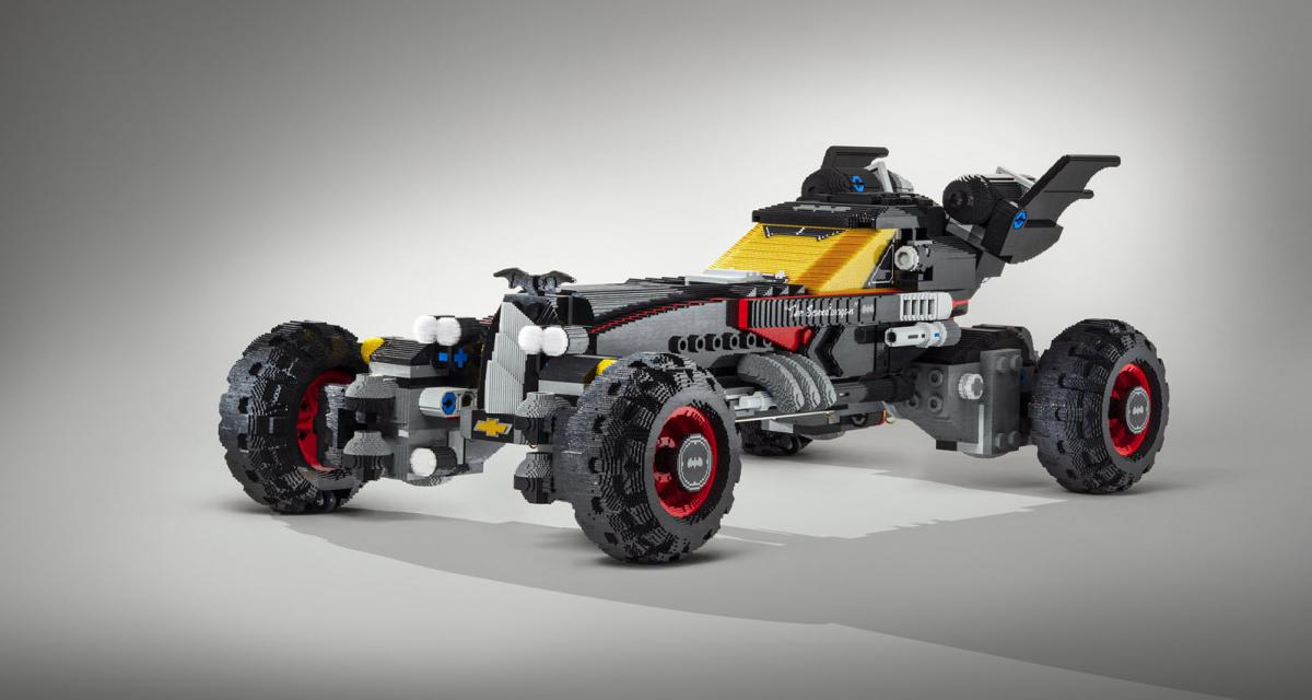 Chevrolet a construit une Batmobile grandeur nature en LEGO !
