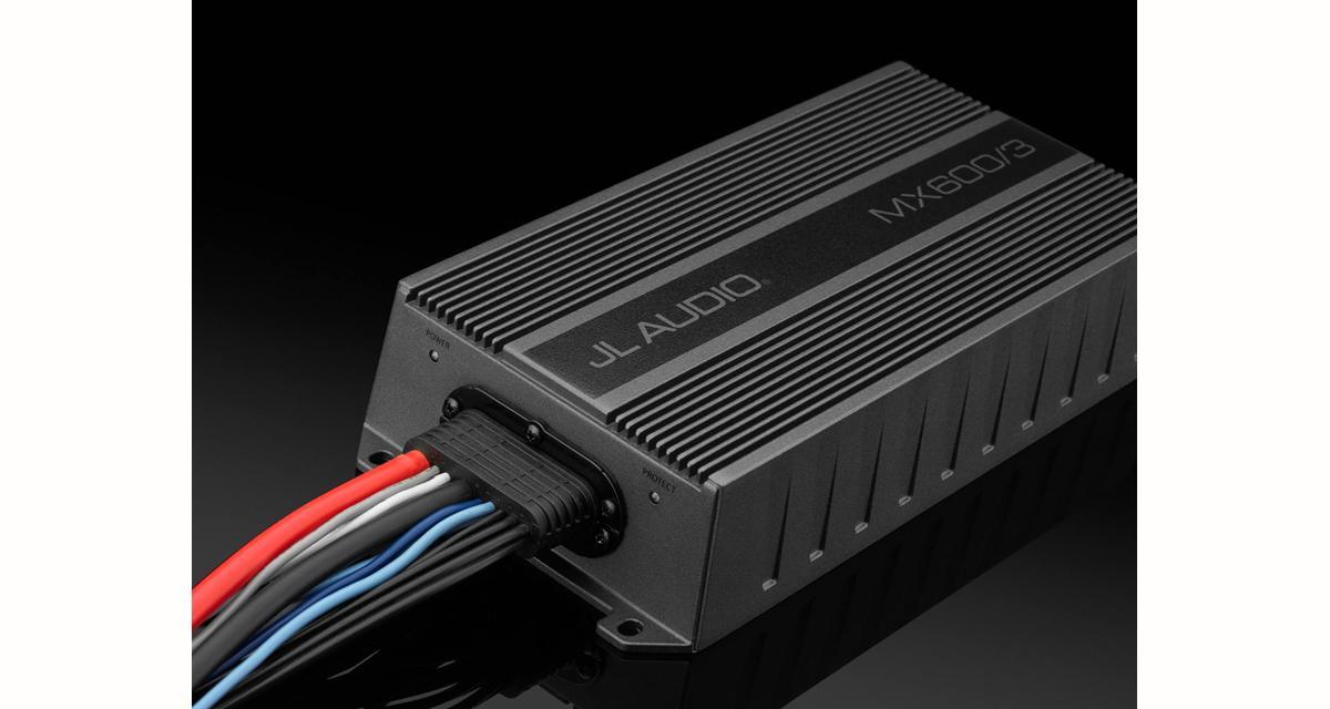 Un nouvel amplificateur 3 canaux très compact chez JL Audio