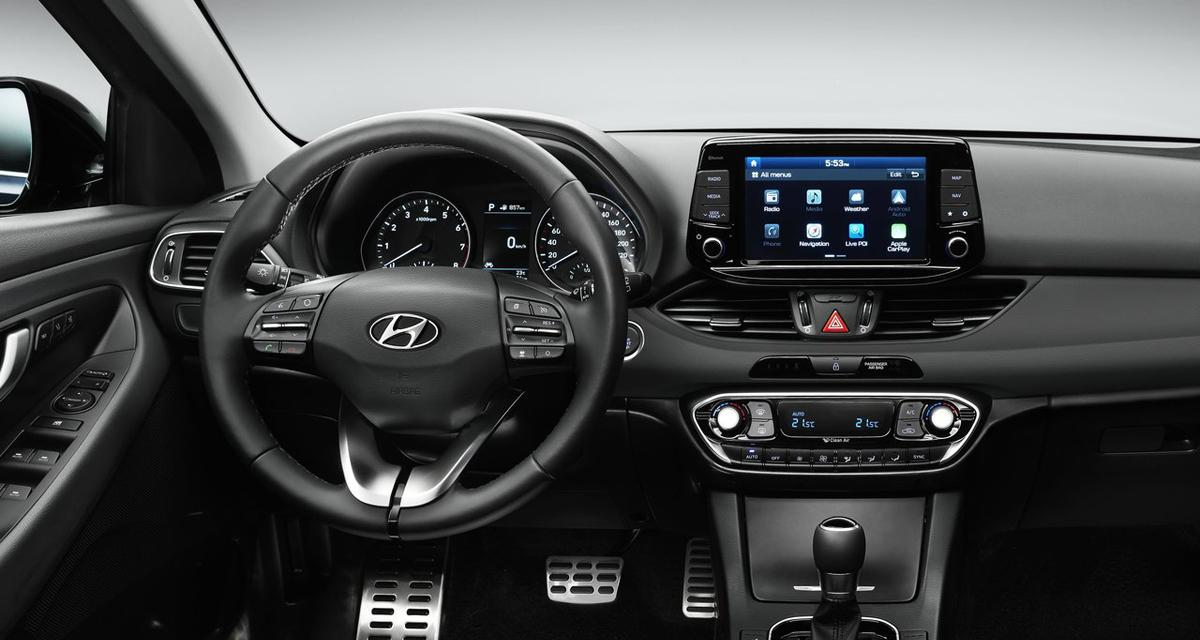 hyundai i30 navigation tomtom. Black Bedroom Furniture Sets. Home Design Ideas