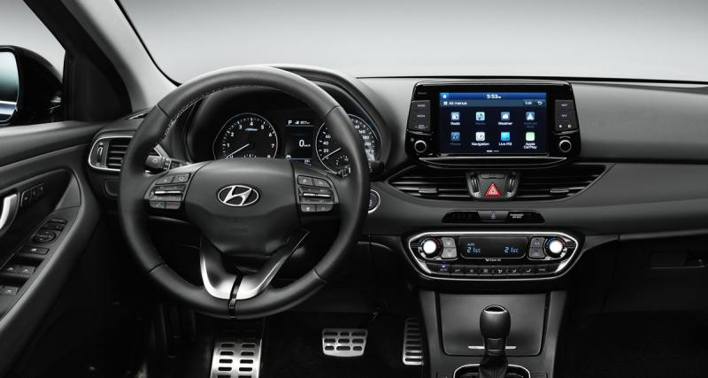 La nouvelle Hyundai i30 pourra recevoir un système multimédia connecté avec services Tomtom