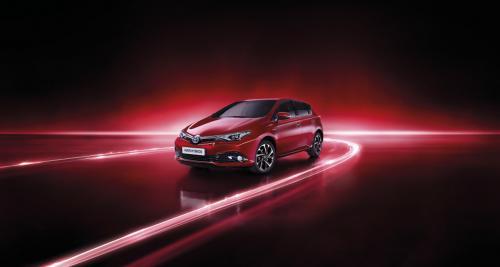 Toyota TechnoLine: des Auris, Verso et Avensis sur-équipées