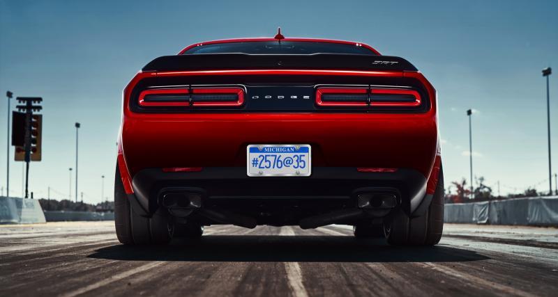 La Dodge Charger SRT Demon montre son gros popotin