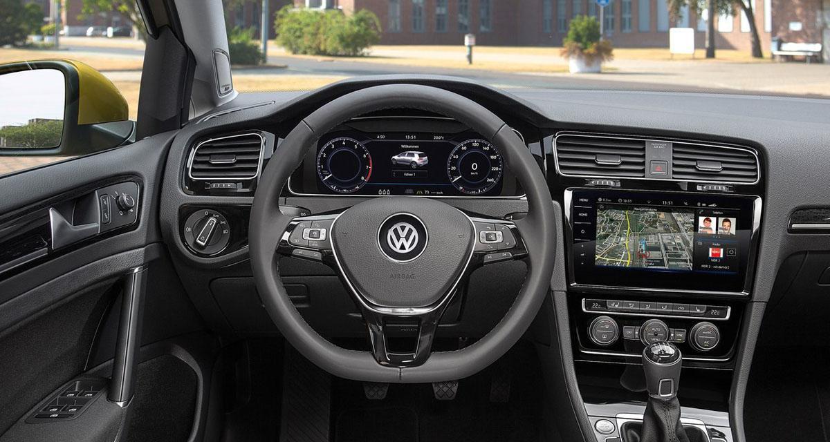 La nouvelle Golf 7 bénéficie d'un système multimédia très évolué avec double écran