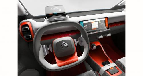 Le concept car Citroën C-Aircross adopte un système multimédia high-tech