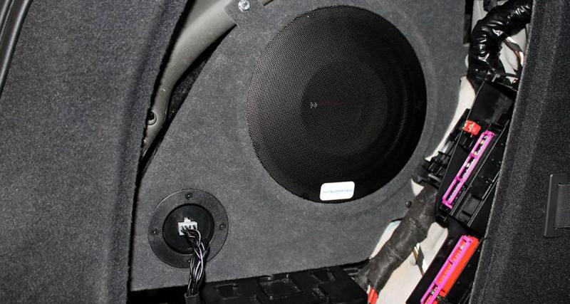 Integrated-Sound propose une solution parfaitement intégrée pour améliorer la hi-fi d'une Audi A4 Avant