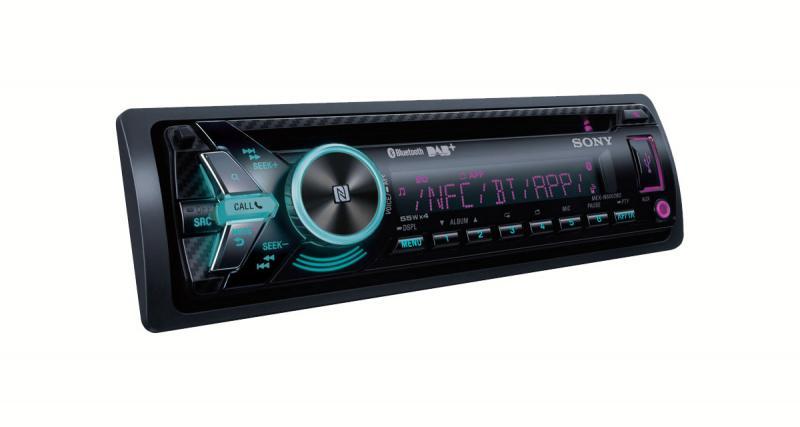 Sony présente un nouvel autoradio avec DAB, Bluetooth et commande vocale