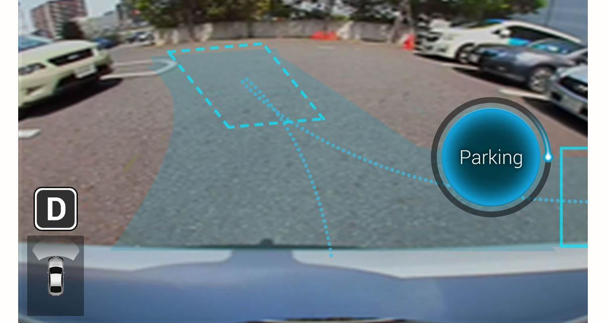 Hitachi et Clarion transforment les Smartphones Android en télécommande pour garer les véhicules autonomes