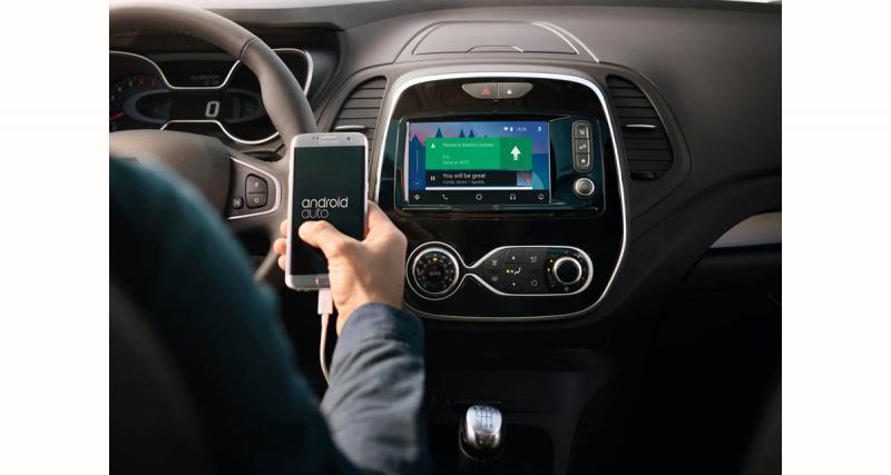 Renault renforce les solutions connectées sur ses véhicules