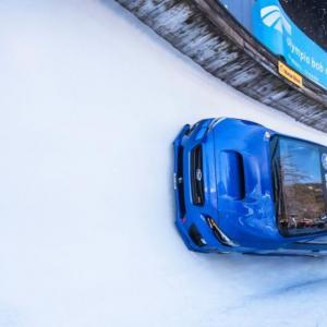 Quand la Subaru WRX STI se prend pour un bobsleigh