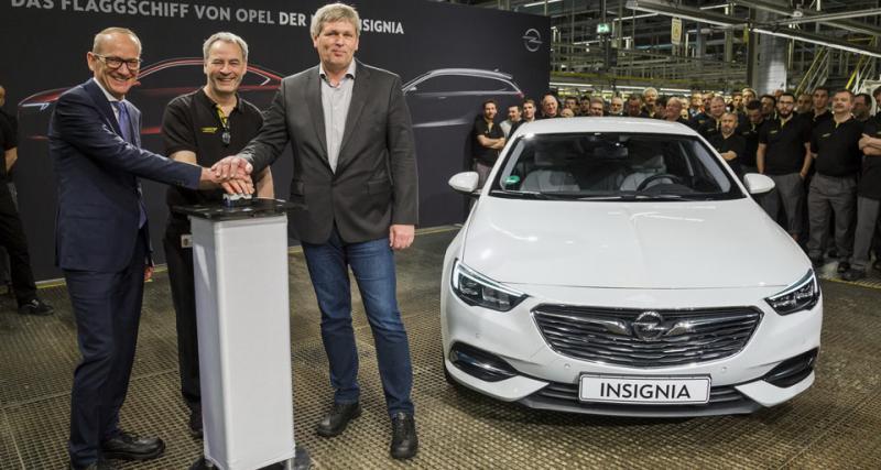 La première Opel Insignia Grand Sport sort des chaines de production