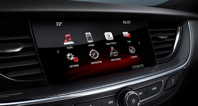 L'Opel Insignia Grand Sport bénéficie du CarPlay et de systèmes high-tech