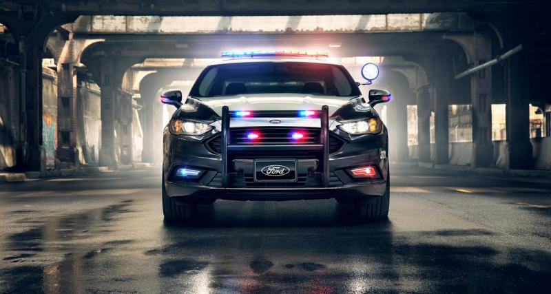 La Ford Mondeo hybride s'engage dans la police