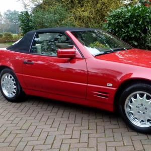 Grâce à des clés perdues, une Mercedes SL 500 de 1996 fait un record aux enchères