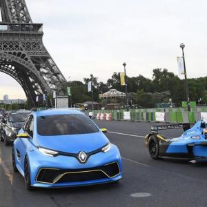 Renault Sport fait rouler sa Formule E et sa ZOE e-Sport dans les rues de Paris