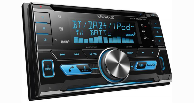 Kenwood présente un nouvel autoradio double avec tuner DAB et connectivité pour les sources nomades