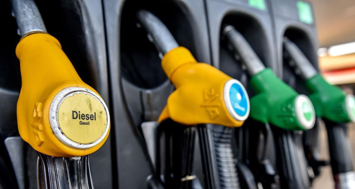 Les prix du carburant au  bas pour la route des vacances
