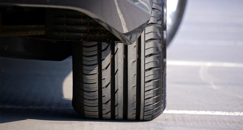 Vérifier le bon état des pneumatiques