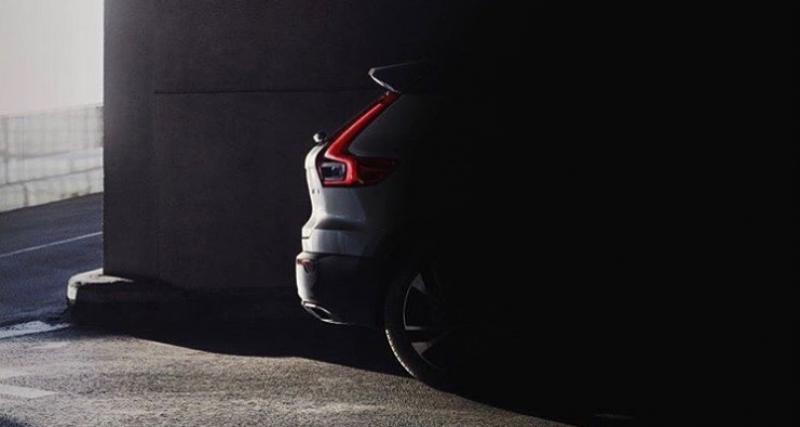 Le futur Volvo XC40 montre ses feux arrière