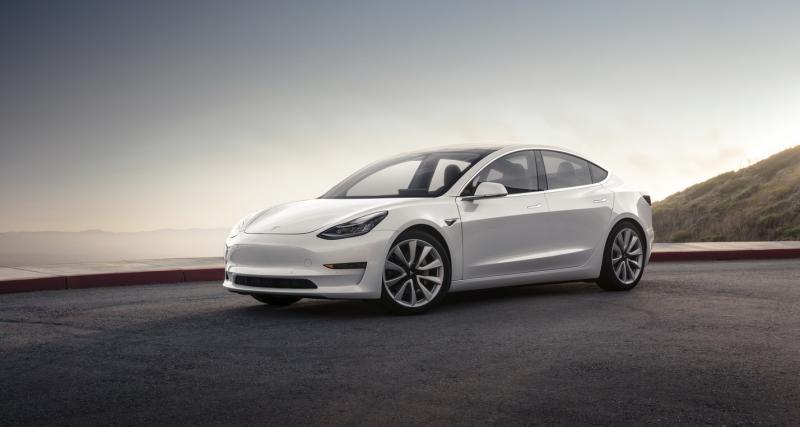 Tesla Model 3 : les versions Performance et quatre roues motrices en 2018