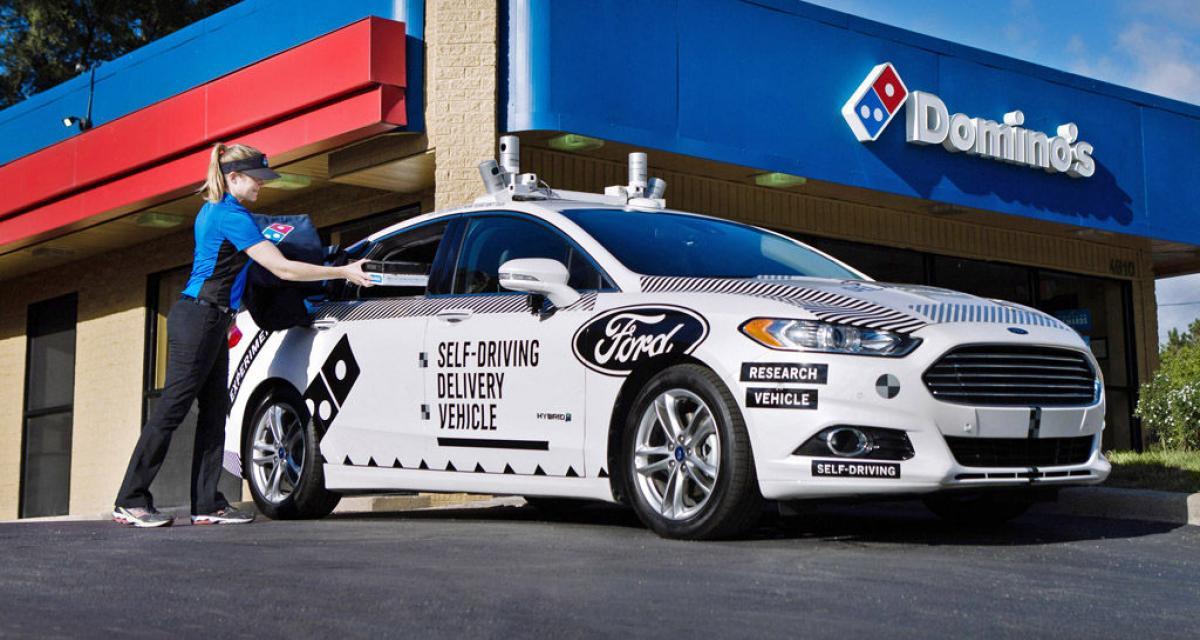 Bientôt des Ford sans chauffeur pour livrer les pizzas