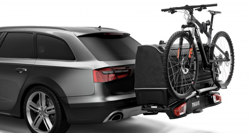 le thule velospace xt est un porte v los d 39 attelage modulable en coffre. Black Bedroom Furniture Sets. Home Design Ideas
