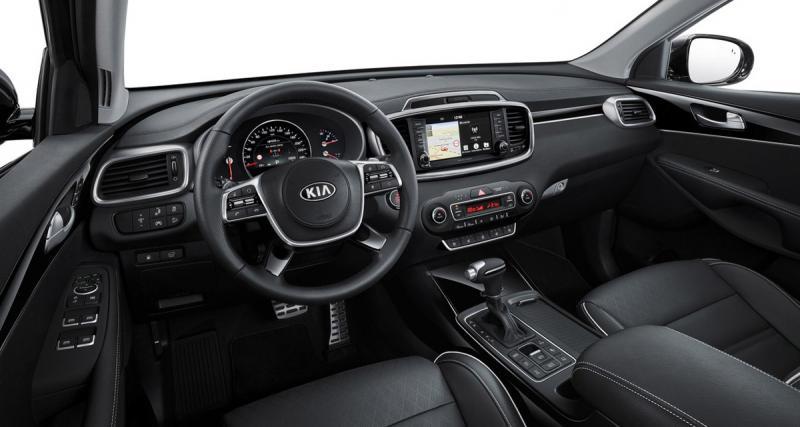 Le nouveau Kia Sorento bénéficie de la compatibilité Smartphone et d'un système hi-fi Harman Kardon