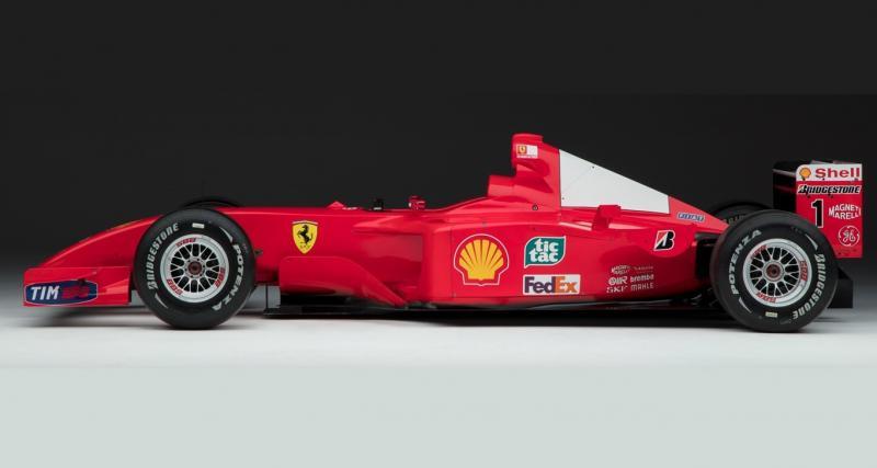 La Ferrari F2001 de Schumacher vendue comme une oeuvre d'art contemporain