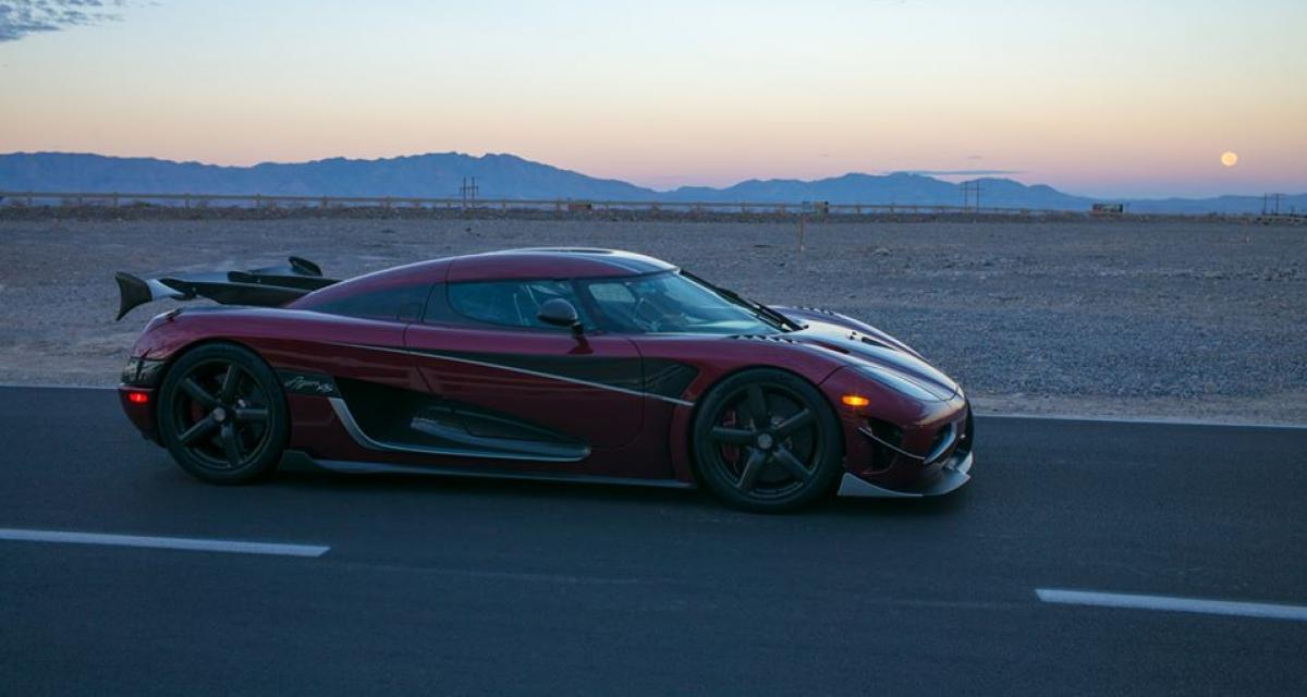 koenigsegg agera rs 447 km h pour un nouveau record de vitesse. Black Bedroom Furniture Sets. Home Design Ideas
