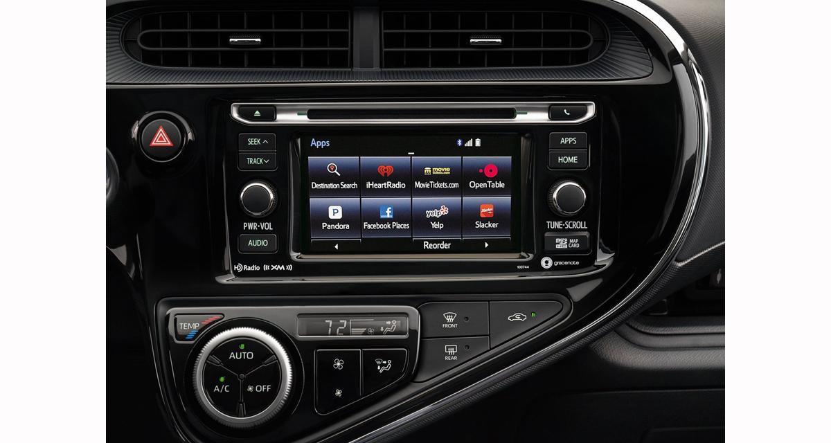 Confort, sécurité, la nouvelle Toyota Prius C utilise des technologies de pointe