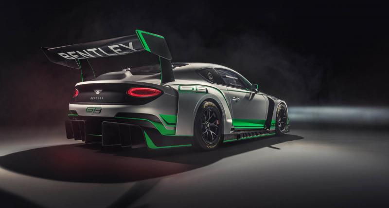 Nouvelle Bentley Continental GT3 : mannequin grande taille