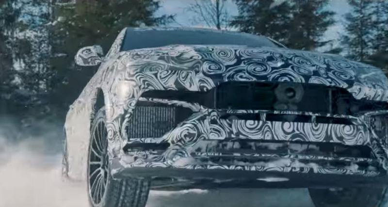 Lamborghini Urus : après le désert, le SUV va en classe de neige
