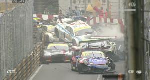 Grand Prix de Macao : un crash de 12 voitures et un motard tué