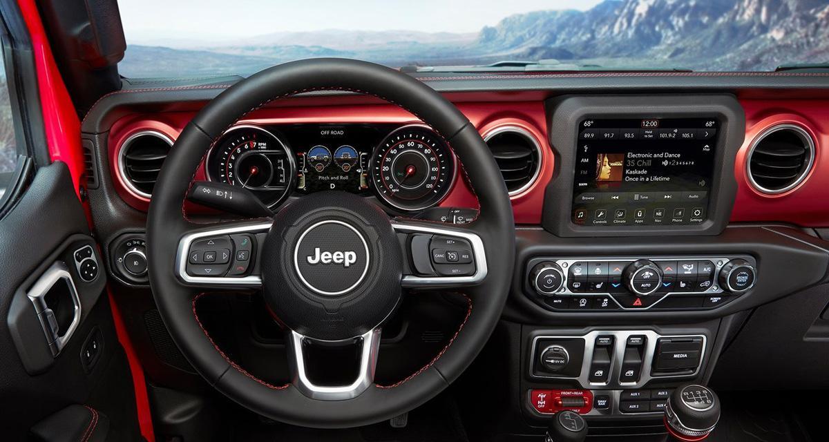 La nouvelle Jeep Wrangler pourra recevoir un système multimédia haut de gamme avec CarPlay et Android Auto