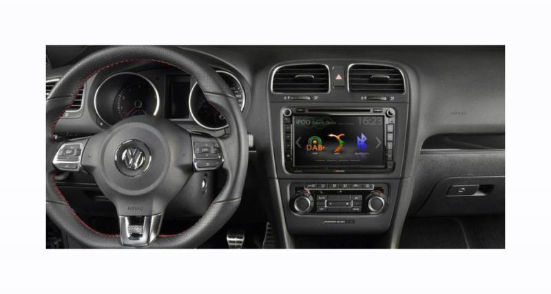 Zenec présente un nouvel autoradio « plug and play » avec écran de 8 pouces pour les Volkswagen